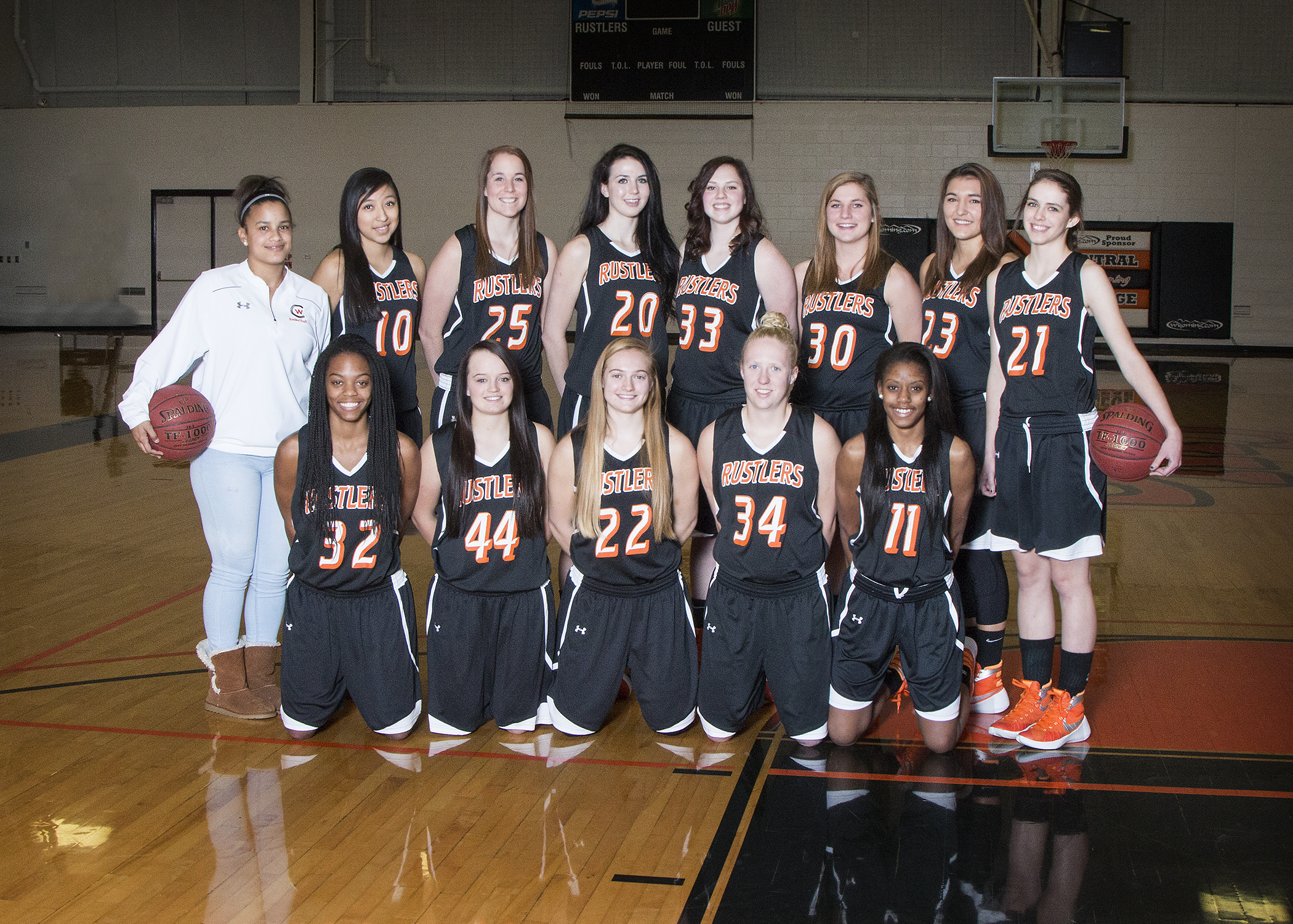 team photo of CWC women's basketball team 2015